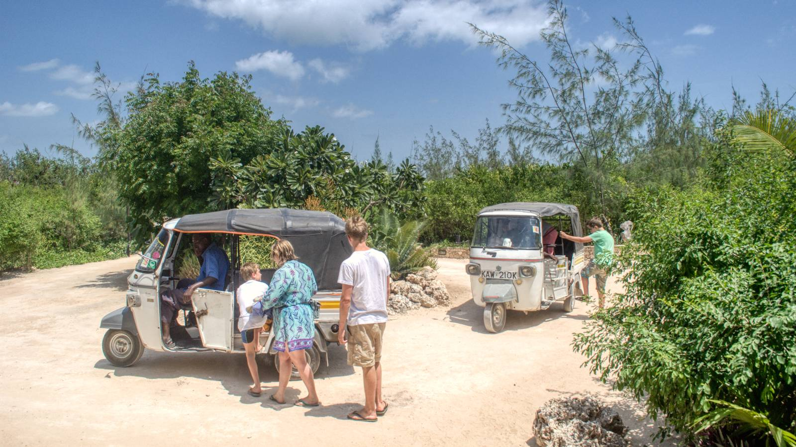 Tuk-Tuk for Lonno Lodge guests